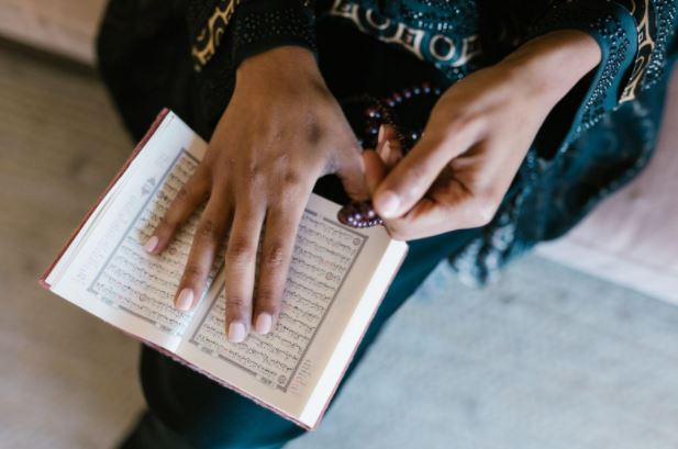 Underaged Minority Girls in Pakistan Still Allegedly Forced Into Marriage and Religious Conversion